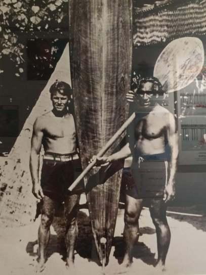 Tom Blake and the Duke - Credit International Surfing Museum