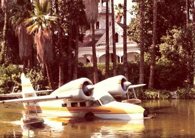 Fantasy-Island-tv-series-1978.-plane-color